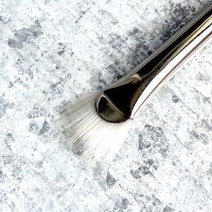MAC Cosmetics_205 MASCARA WAND BRUSH